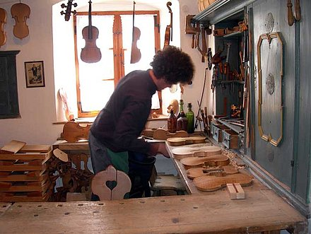 Violins still being made today in Mittenwald