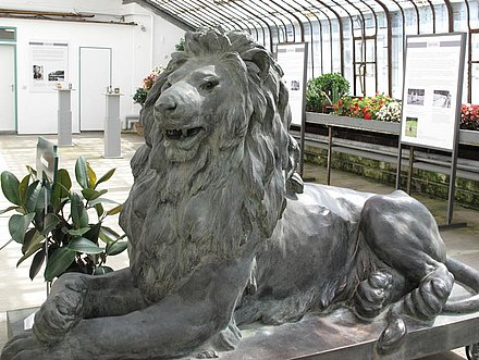 Linderhof Palace: King Ludwigs Lion