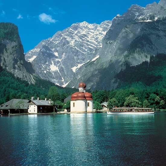 http://www.johns-bavarian-tours.com/uploads/tx_templavoila/koenigssee-bartholomae.jpg